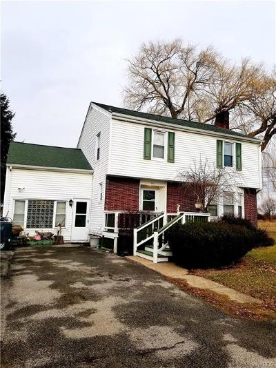 Lewiston NY Single Family Home A-Active: $149,900