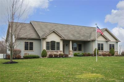 Orchard Park Single Family Home P-Pending Sale: 2 Aaron Trail