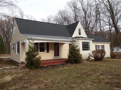 Elma Single Family Home U-Under Contract: 1991 Bowen Road