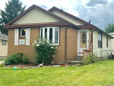 Single Family Home U-Under Contract: 30 Norman Drive