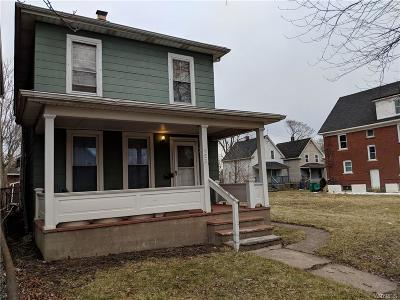Niagara Falls Single Family Home For Sale: 453 4th Street