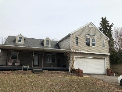 Lewiston NY Single Family Home A-Active: $139,000