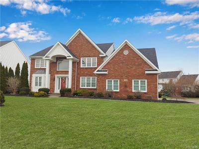 Erie County Single Family Home U-Under Contract: 6316 Cloverleaf Circle