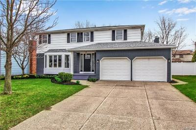 Williamsville Single Family Home A-Active: 302 Macarthur Drive