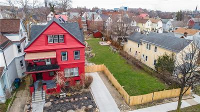 Buffalo Multi Family 2-4 U-Under Contract: 47 Fargo Avenue