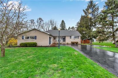 Single Family Home U-Under Contract: 5882 Kamner Drive