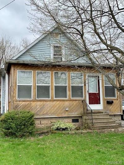 Cheektowaga Single Family Home For Sale: 23 Ellwood Place