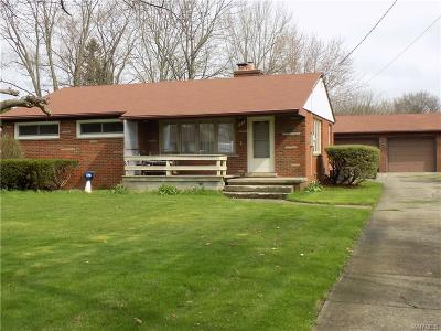 Lewiston NY Single Family Home U-Under Contract: $134,900