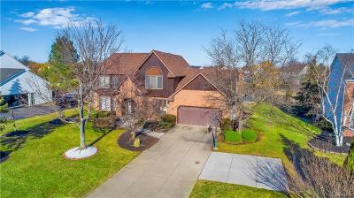 Clarence Single Family Home A-Active: 6141 Meadowlakes Drive
