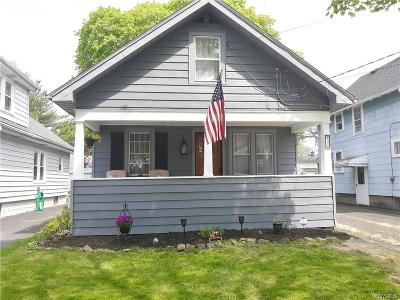 Niagara Falls Single Family Home For Sale: 227 74th Street
