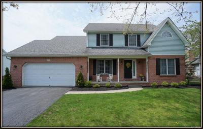 Single Family Home A-Active: 7189 Woodmore Court