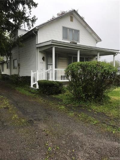 West Seneca Single Family Home U-Under Contract: 1526 Orchard Park Road