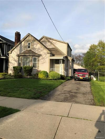 Niagara Falls Single Family Home For Sale: 4015 McKoon Avenue