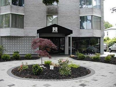 Buffalo Condo/Townhouse A-Active: 849 Delaware Avenue #303