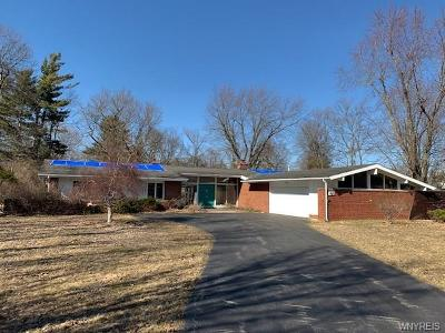 Clarence Single Family Home A-Active: 4873 Pineledge Drive West