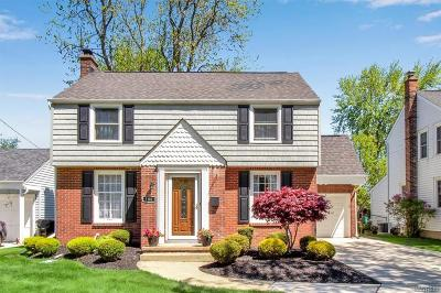 Erie County Single Family Home A-Active: 180 Meadow Lane