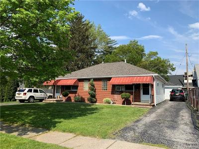 Erie County Multi Family 2-4 A-Active: 11 Mona Court