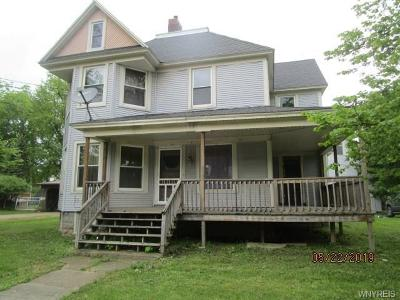 Single Family Home A-Active: 318 Pine Street
