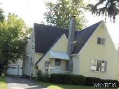 Genesee County Multi Family 2-4 A-Active: 5 Soccio Street