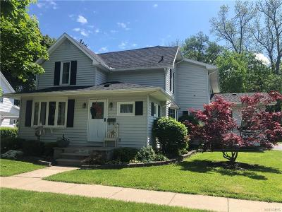 Warsaw Single Family Home For Sale: 92 Linwood Avenue
