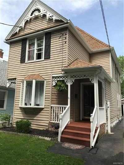 North Tonawanda Single Family Home For Sale: 36 2nd Ave