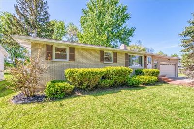 Wheatfield Single Family Home Active Under Contract: 3126 Krueger Road