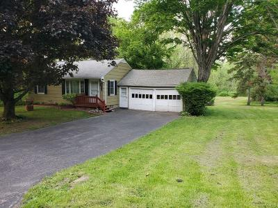 Orleans County, Monroe County, Niagara County, Erie County Single Family Home U-Under Contract: 8043 Back Creek Road