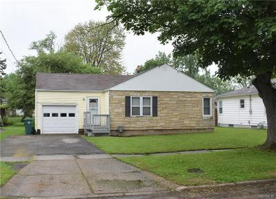 North Tonawanda Single Family Home C-Continue Show: 112 Roncroff Drive