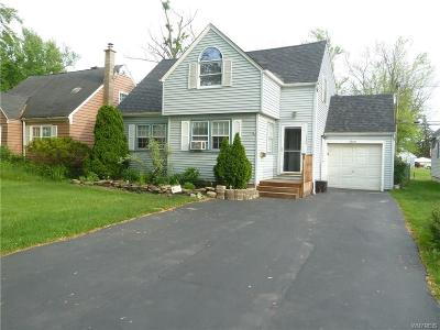 Grand Island Single Family Home U-Under Contract: 1636 Love Road