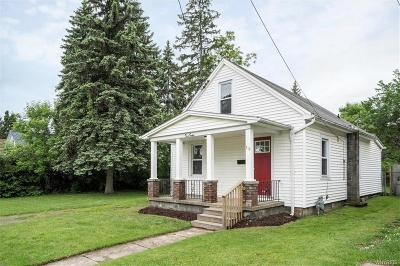 Niagara Falls Single Family Home Pending: 312 73rd Street
