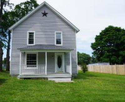 Warsaw Single Family Home For Sale: 107 Jefferson Street