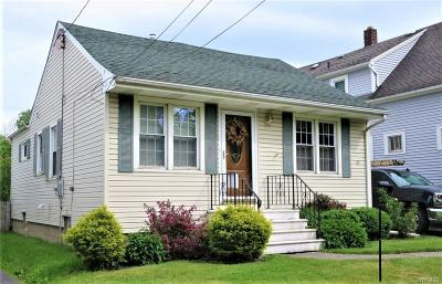 West Seneca Single Family Home For Sale: 45 Tindle Avenue