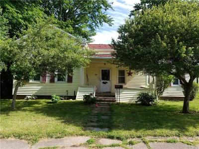 Albion Single Family Home For Sale: 321 E State Street