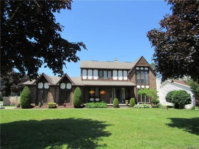 Amherst Single Family Home For Sale: 2 Sherrelwood Court