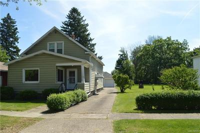 North Tonawanda Single Family Home For Sale: 175 Zimmerman Street