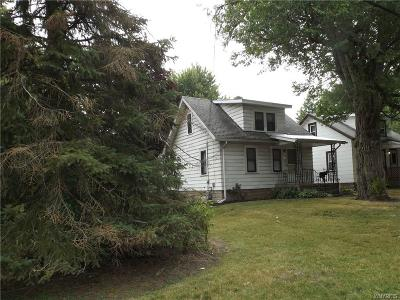 West Seneca Single Family Home For Sale: 39 Westminster Road