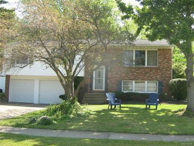 West Seneca Single Family Home For Sale: 75 W Bihrwood Drive