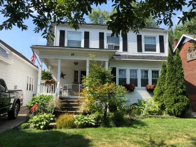 Erie County Single Family Home For Sale: 45 Tuscarora Road