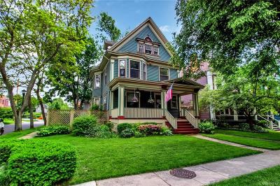 Buffalo Single Family Home For Sale: 239 Anderson Place