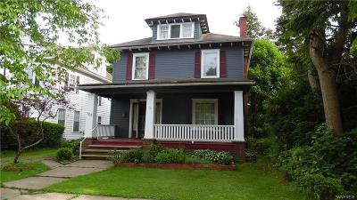 Cattaraugus County Single Family Home For Sale: 707 W Henley Street