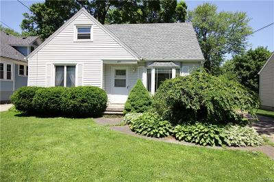 Hamburg Single Family Home For Sale: 277 Prospect Avenue