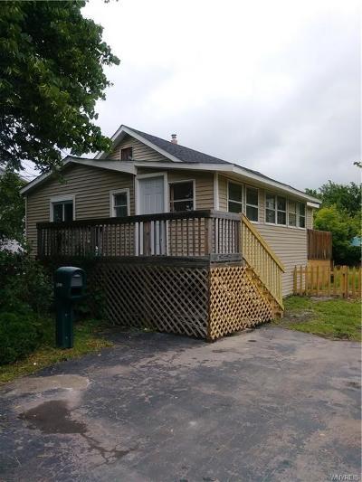Single Family Home For Sale: 3041 Savannah Street