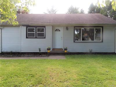 North Tonawanda Single Family Home For Sale: 1476 Master Street