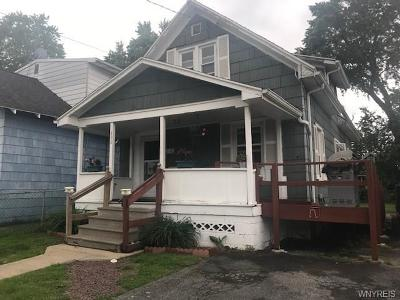 Niagara Falls Single Family Home For Sale: 352 72nd Street