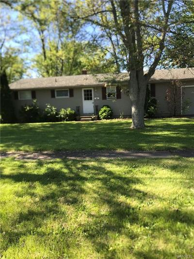 Porter Single Family Home Pending: 557 Applewood Drive