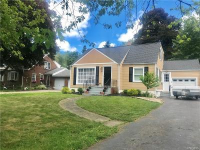 Amherst Single Family Home For Sale: 242 Garrison Road