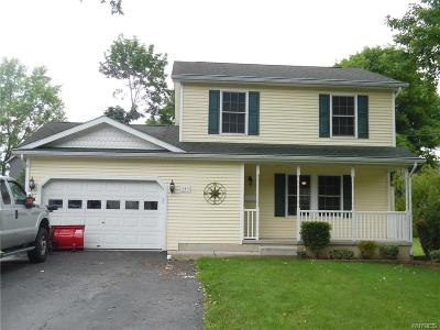 Lewiston NY Single Family Home For Sale: $239,900