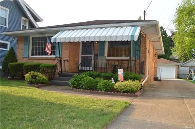 North Tonawanda Single Family Home For Sale: 415 Stanley Street