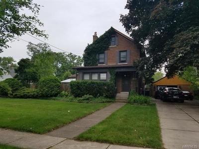 Niagara Falls Single Family Home For Sale: 8618 Hennepin Avenue