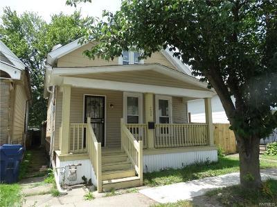 Buffalo Single Family Home For Sale: 208 Thompson Street